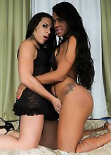 Lohara Lomark is a horny Brazilian tgirl with a sexy body and a magnificent ass! In this hot ts on ts hardcore scene she fucks Ariane de Brito's