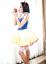 Ladyboy Benz - Snow White Creampie Seduction
