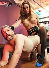 Jonelle Brooks is a gorgeous tgirl with a sexy body, big tits, a great ass and a rock hard cock! In this hardcore scene she dominates Jimmy Broadway!